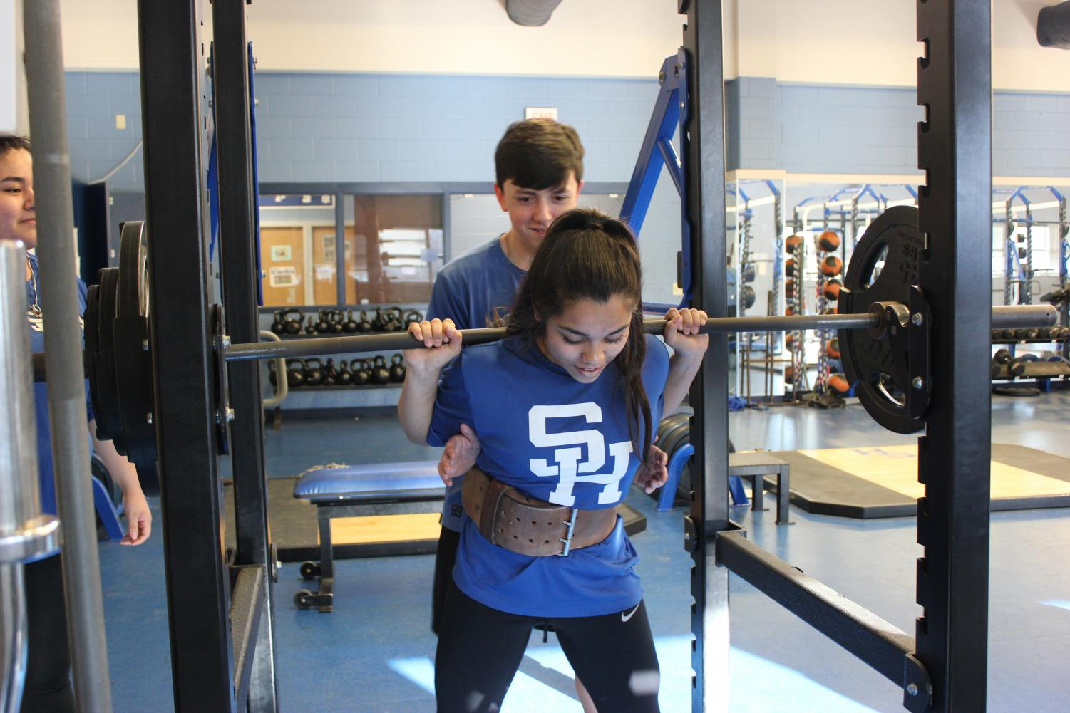 Ale Guerrero squats 210lbs qualifying her for Regional Competition